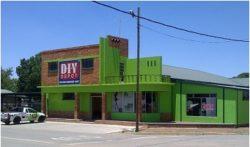 diy depot outside2