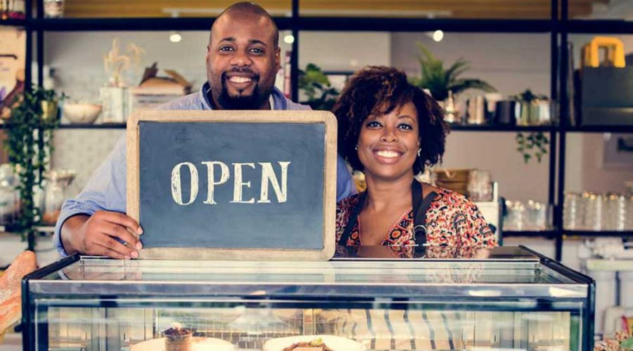 The Role of Family Support: Couples Cope Best, while Married Franchise Owners Outperform Singles